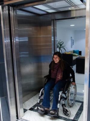 ascensor-discapacitados-puertas-automaticas-tym-6