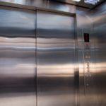 ascensor-discapacitados-puertas-automaticas-tym-4